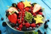 Bobulovité ovoce jako drobný, sladký a krásný dar z přírody