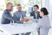 Chcete se přihlásit do výběrového řízení? Je lepší životopis nebo LinkedIn profil ?