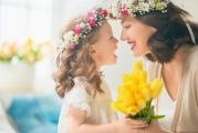 Druhá květnová neděle patří Dni matek: Nahlédněte s námi do historie oslav mateřství…