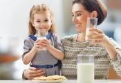 Je pití mléka zdravé nebo nám naopak může škodit?