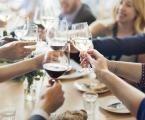 Víte, jak pít správně víno?